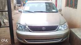 Tokunbo Toyota Avalon 2005 for sale
