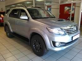 2016 Toyota Fortuner 3.0 D-4D RB Silver 16,200km R 439,900
