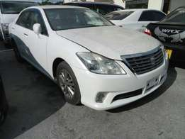 KCN number Toyota crown