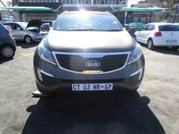 Finance available for 2013 Kia Sportage,4 doors,factory a/c,R250 000