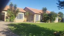 Rent a stunning 3 Bedroom house in Riversdal, Meyerton