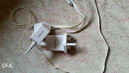 Original follow come infinix charger very fast and reliable