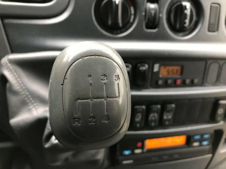 Mercedes-Benz SPRINTER 416 CDI 16-SITZ 2x KLIMA, EXTRA LANG - 2002 - image 13