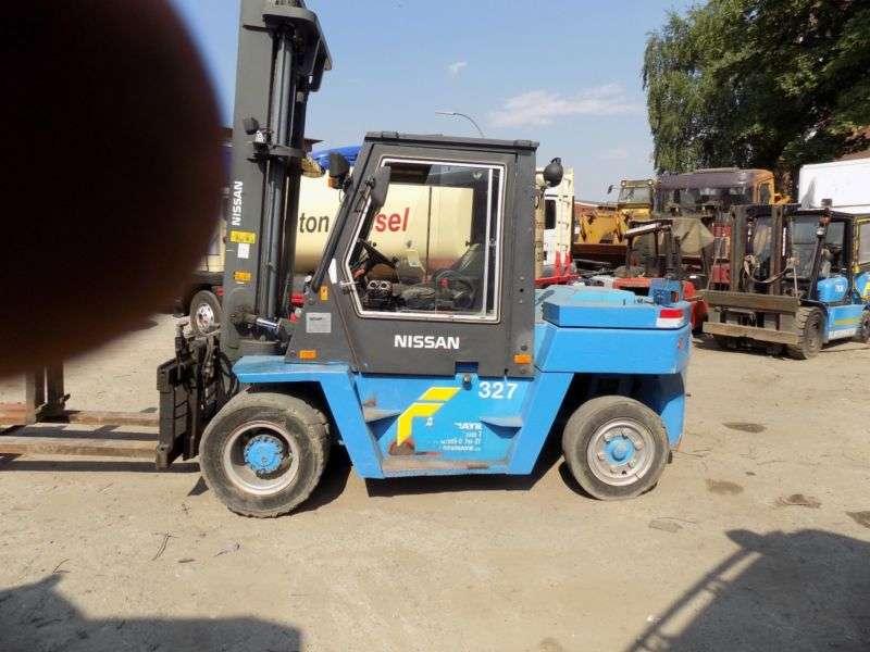 Nissan 32zwf05h704 - 7 Tonnen - 2001