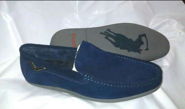 Polo sneakers Lagos Island West - image 5