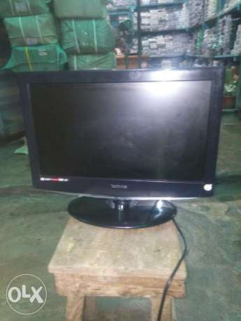 Technica 19inchis wall tv with inbuilt DVD and usb Ojo - image 1