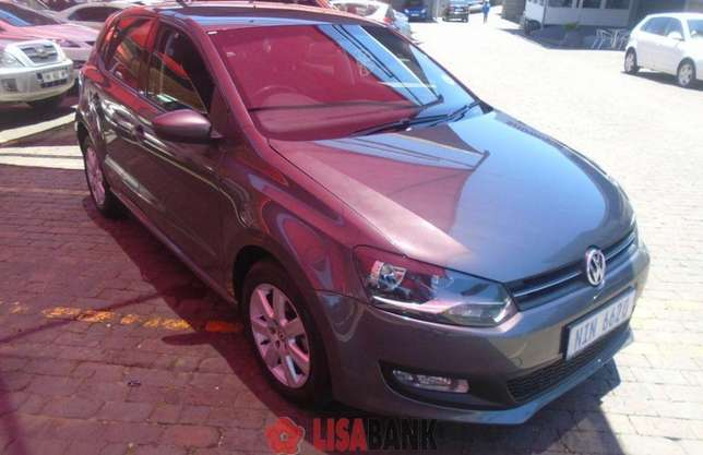 Vw Polo 1.4 comfortline hatchback with TSI engine is looking for you,, Edenvale - image 2