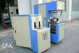 Semi automatic pet bottle blowing machine