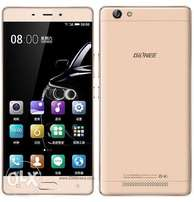 Neat Gold Gionee M5 16gig 2gig ram... 5.5inch screen with clear camera