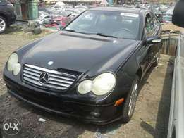Very clean M.Benz C320 Coupe