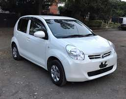 KCM New Shape Toyota Passo Pearl White