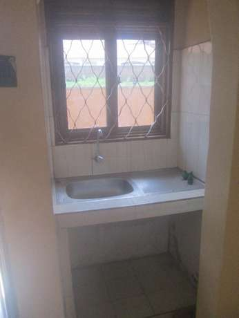 Come ready to enter double in Kisaasi at 350k Kampala - image 4