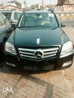 Tokunbo Mercedes Benz GLK 011 model for sale at Surulere Lagos.