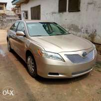 Tokunbo Camry with DVD, Bluetooth, reverse camera etc