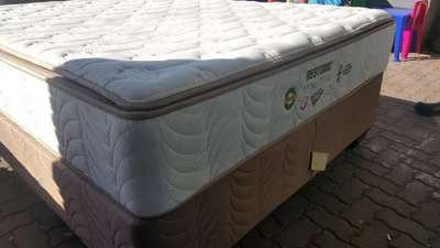 lowest price bc7d7 4c09c Double bed Restonic for sale