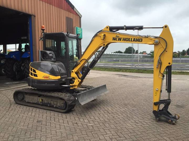 New Holland E55 B SR - 2015