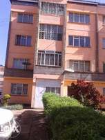 Nairobi West vacant 2 bedroom flat for rent