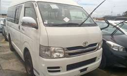 High roof auto diesel Hiace on sale