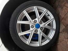 2x Original Suzuki Swift Sport Wheels and Tyres and Wheels