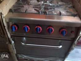 Gas cooker with oven 4burner