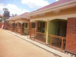Self contained house in bbuto bweyogerere