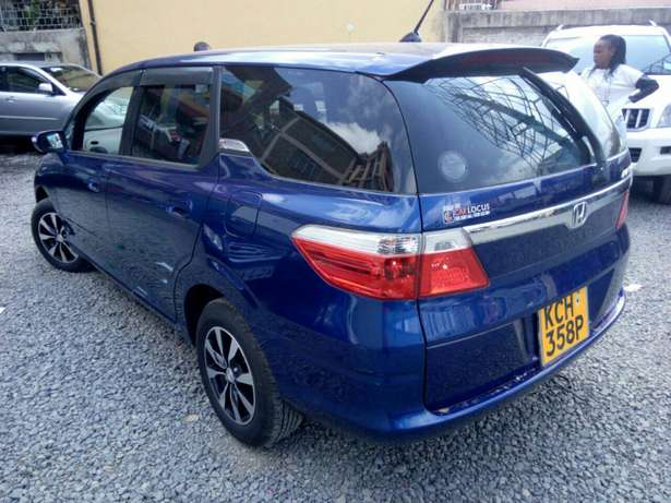 Clean Honda airwave,blue colour ,2009 model fully loaded. Lavington - image 4