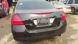 Super clean Honda accord 2007 model accident free Lagos cleared
