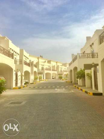 4room town house in Qurum madinat illam compound izz with pool and Gym