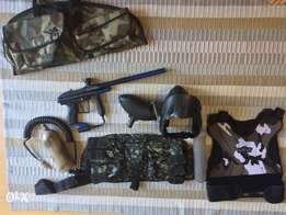 Paintball gun and kit