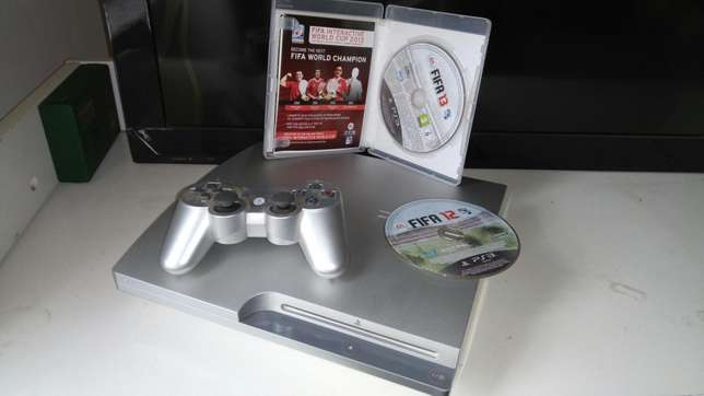 Ps3 300gb internal storage console plus 2 FIFA games Pangani - image 3