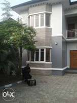 Luxury 5bdrum in rumuibekwe pH.