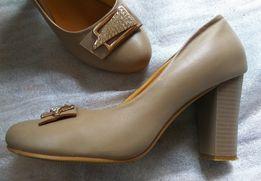 Каблук - Жіноче взуття в Волинська область - OLX.ua b014dcbe2ec6d