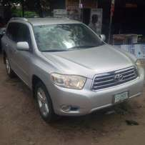 Nigerian-Used Toyota Highlander, 2009, Key-less Entry, 3-Row Seat, OK