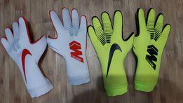 efd3a5c0 Профессиональные вратарские перчатки Nike GK MERCURIAL Touch