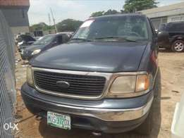 Ford expedition XLT 2001 used