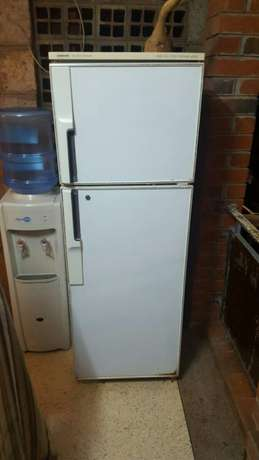 Fridge for 16k Parklands - image 1