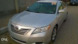 Excellent 2009 Camry- Hybrid (4 Plugs)