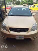 Super clean Nigeria used Toyota Matrix 2003 model