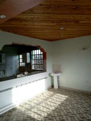 Very spacious four bedrooms for rent Ongata Rongai - image 4