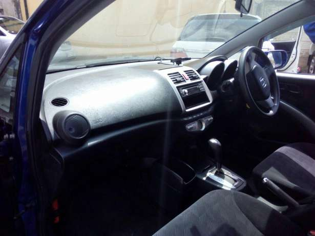 Clean Honda airwave,blue colour ,2009 model fully loaded. Lavington - image 5