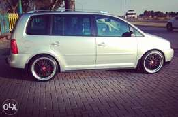 VW Touran 2.0 Tdi...7 seater