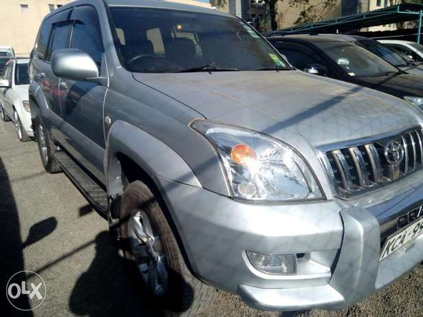 Toyota Prado 2007 model Hurlingham - image 2