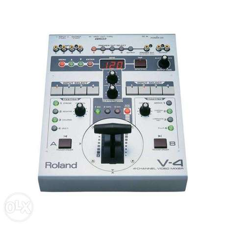 Roland V-4 4 Channel Video Mixer with Effects