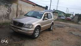 2004 Mercedes Benz ML320