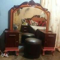 Dressing table with puff
