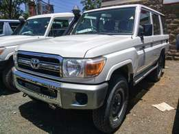 Landcruiser hardtop 5 Door HZJ76 LX immaculate condition