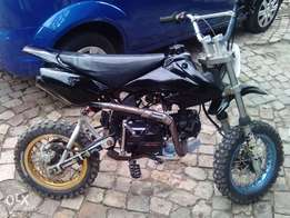 Selling a 125 cc pitbike