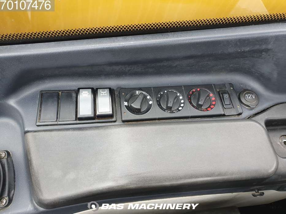 Caterpillar TH417C Bucket and forks - 2014 - image 18