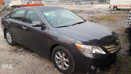 A clean and fairly used Toyota camry 2010 model for sale