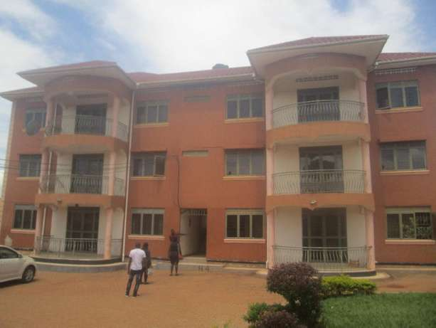 Well developed 2 bedroom apartment in Najeera-Town at 600k Kampala - image 1